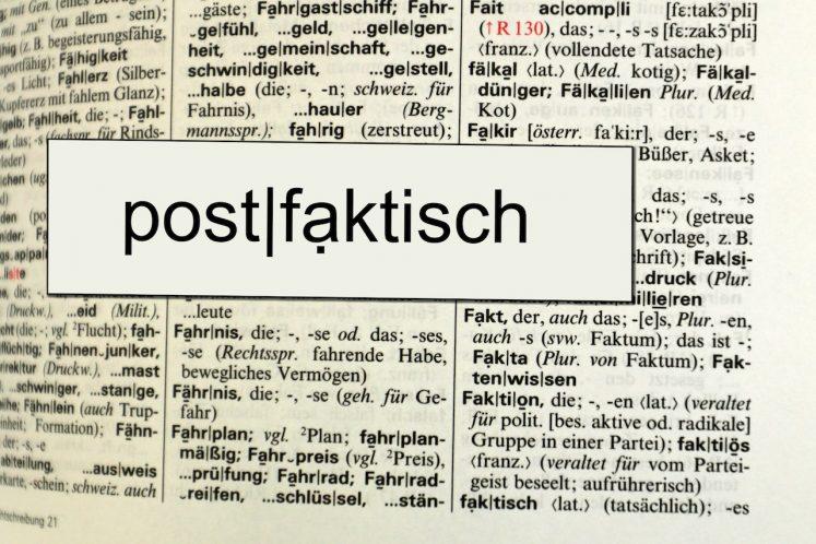 Die neue Wahrheit | Esther Stosch  / pixelio.de